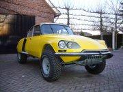 Rolkooi: Citroen DS Citroën op een Landrover Onderstel